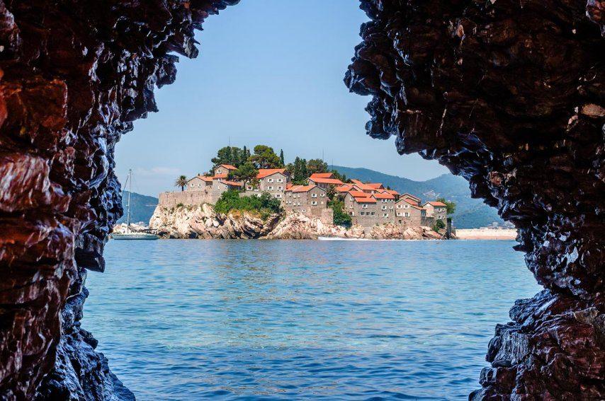 Отдых в Черногории. Горящие туры