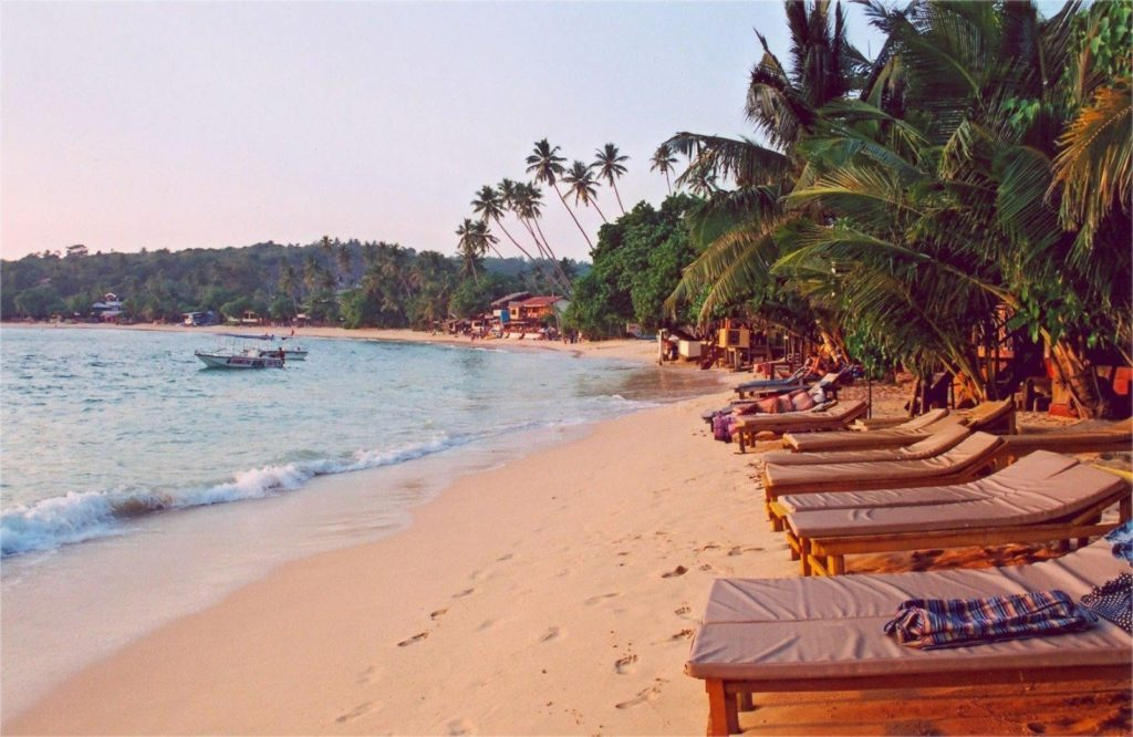 Пляжный отдых Хикадува